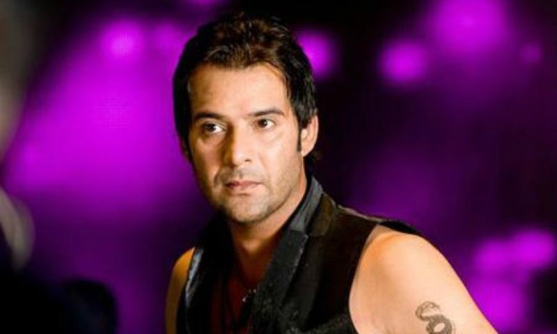 moammar rana to release directorial debut sikander