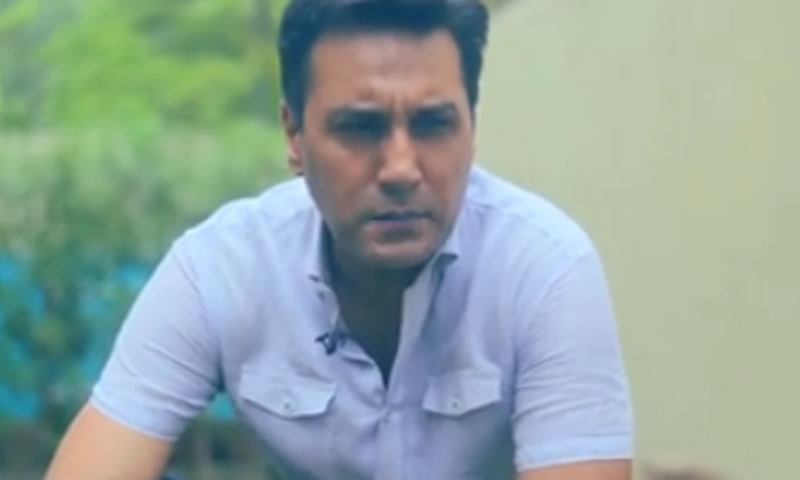 Adnan Siddiqui plants a tree for a great cause