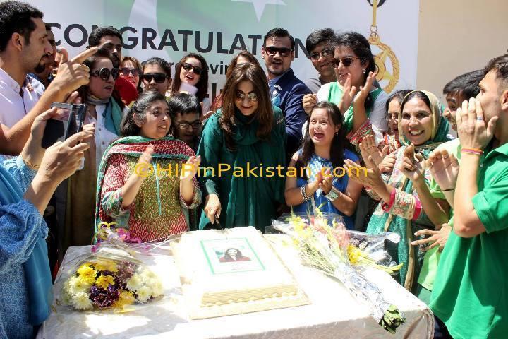 Ronak Lakhani takes home the 'Sitara-e-Imtiaz'