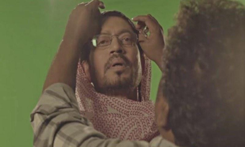 Irrfan Khan does Gormint Aunty for 'Hindi Medium' promotions