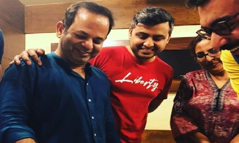 Farooq Rind Joins Moomal Entertainment