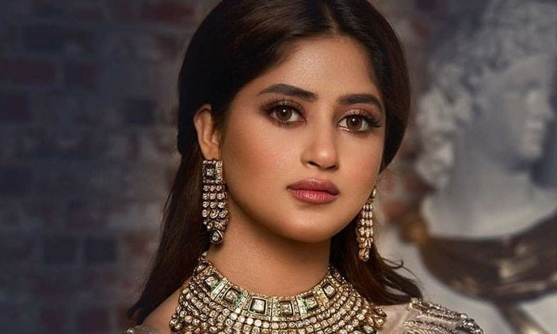 """My character Momina Sultan will be seen taking a journey within herself,"" Sajal Aly on upcoming drama Alif"