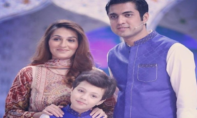 Popular anchorperson Iqrar ul Hassan shares a heartfelt note on wife's health!