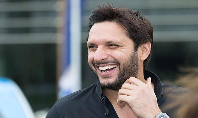 Shahid Afridi donates Rs5 million to Edhi Foundation