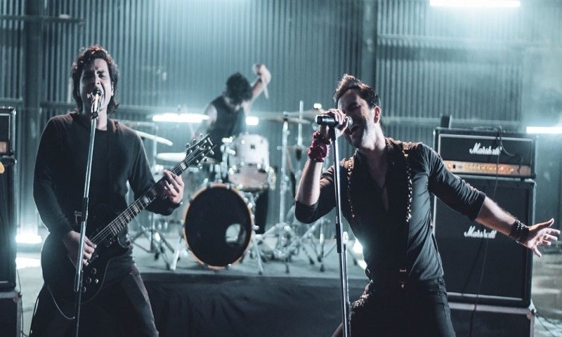 "Junaid Khan Collaborates With Indian Rock Band Spunk for ""Talaash"""