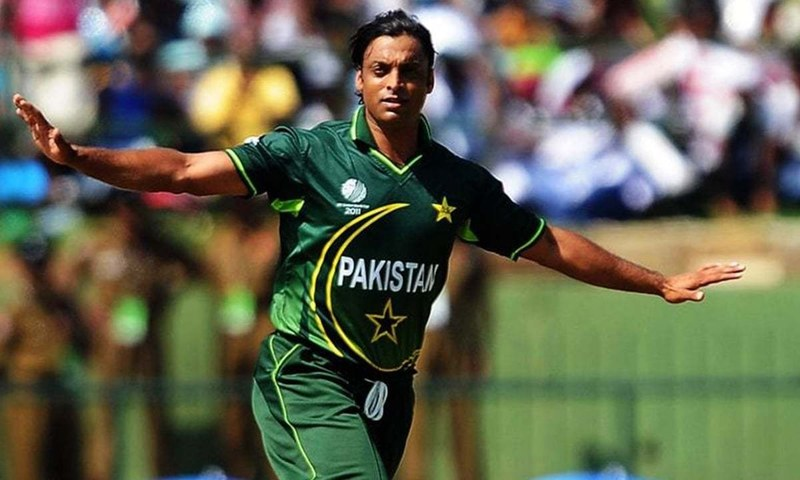 Is Shoaib Akhtar signing up with a PSL team?
