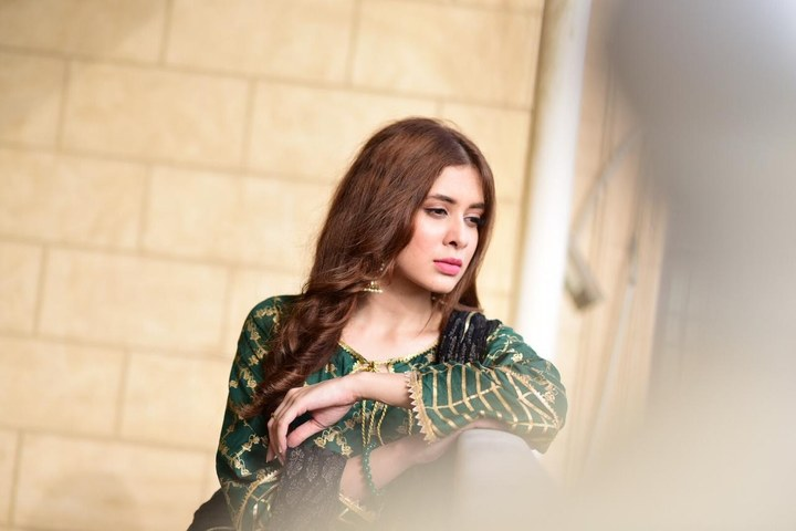 "Azekah Daniel Shoots for HUM TV's New Play ""Malal-e-Yaar""!"