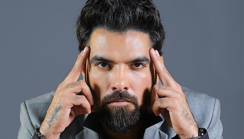 Yasir Hussain Takes a Dig at Pakistani Actors Working for India