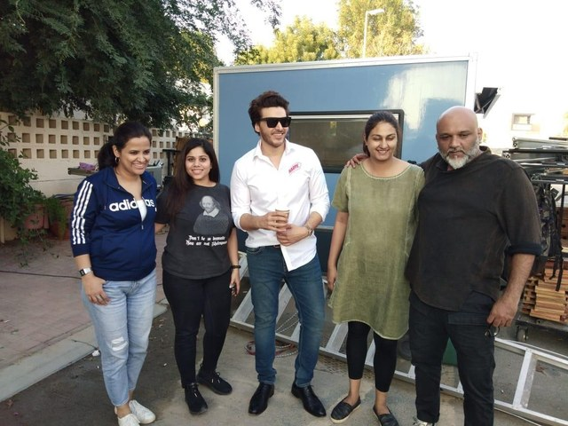 Ahsan Khan to join hands with Harpic in a brand-new Campaign!