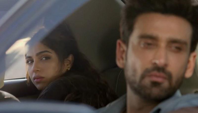 Saraab: Sami Khan, Sonya Hussyn's Chemistry is Electrifying!