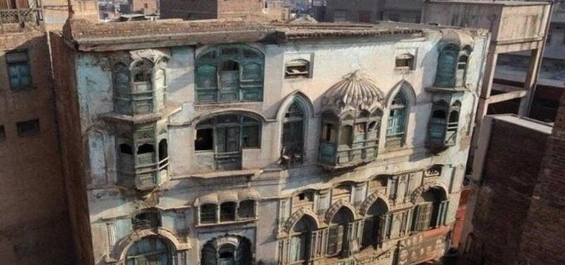 Owner of Kapoor Haveli Demands 2 Billion for the Property