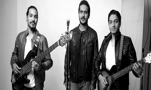 Pakistan's first mashup music video by 'Mirage'