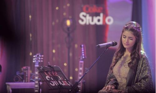 HIP Exclusive: Momina Mustehsan talks about Coke Studio and more!