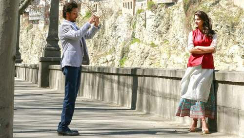 Saba Qamar garners raving reviews from Indian critics for 'Hindi Medium'