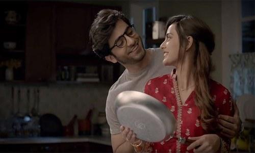 Shehryar Munawar & Iqra Aziz play a cheesy couple for the sake of biryani