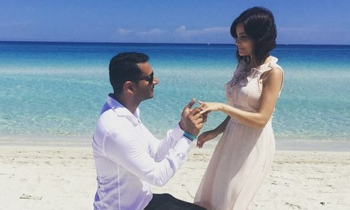 Armeena Khan gets engaged and we couldnt be happier for her!