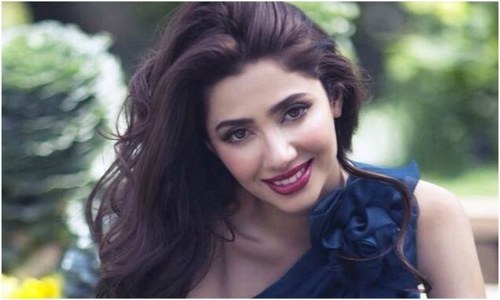 """I would love to do, maybe an Iranian film too,"" Mahira Khan at the Faiz International Festival"