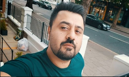 HIP Exclusive: Ahmed Ali Butt Talks About Being Maina and Upcoming Paray Hut Love!