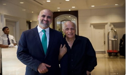 Mahesh Bhatt commends Salman Sufi's Violence Against Women Centre in Multan
