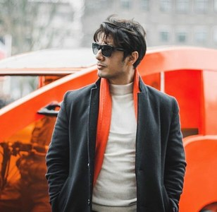 Ali Zafar lifts spirits through live sessions.