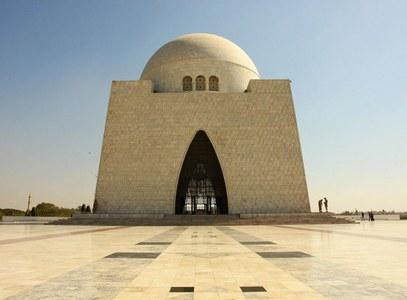 Celebrities Condemn the Invasion of Quaid-e-Azam's Mazar