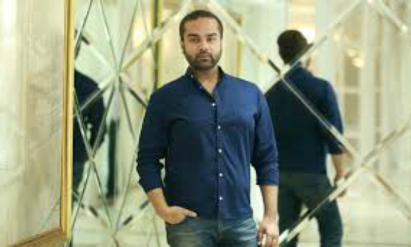 Faraz Manan Opts Out Of Fpw 16 Style Hip