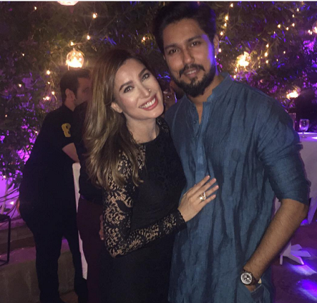 Mehwish Hayat poses with her brother