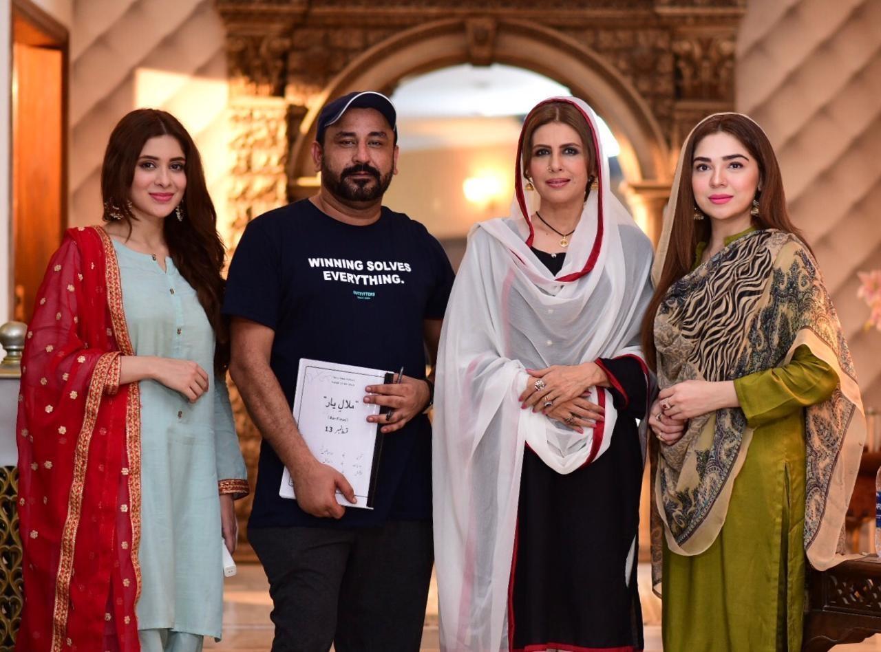 Azekah Daniel Shoots For Hum Tv S New Play Malal E Yaar Hip