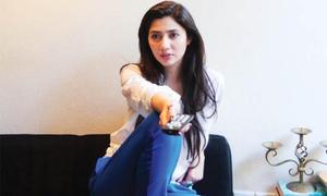 Mahira heads to UAE for Femina ME Woman Awards
