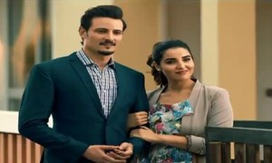 Sanam's teasers remind us of Diyar-e-Dil and Mann Mayal