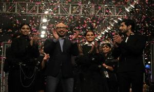 FPW Winter Festive 2016 Day 1: HSY leaves the crowd enthralled with Onyx