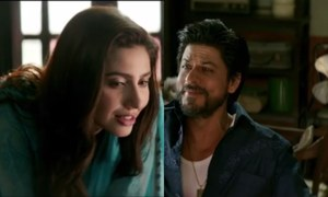 Only Mahira Khan is allowed to call SRK 'Battery Sala'