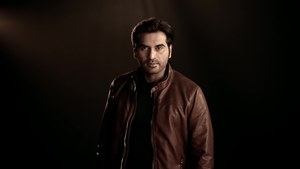 Humayun Saeed Wants To Date Sana Bucha