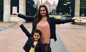 Travel Diaries: Noor paints Paris red with her adorable daughter