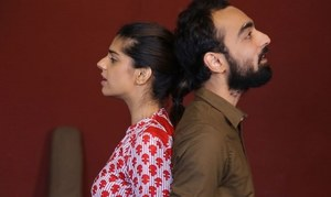 "HIP Reviews: Sanam Saeed sings like a nightingale in ""Heer Ranjha-The Musical"""