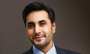 Adnan Siddiqui's Heartfelt Tribute To Women Is What You Need To Read!