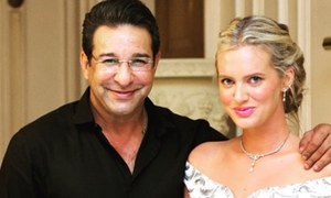 Shaniera and Wasim Akram raise over quarter of a million dollars to help the needy in Pakistan