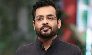 Aamir Liaquat finally hits back at the criticism over his second marriage