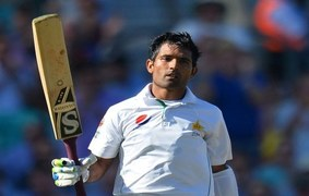 Where are Asad Shafiq's daddy hundreds?