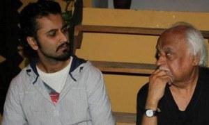 "Anwar Maqsood and Daawar Mehmood Pair Up Once Again For New Play ""Nach Na Janay"""