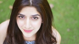 Mawra Hocane Stands in Solidarity with #StopChildSexAbuse