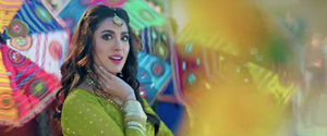 Mehwish Hayat Gets Trolled for her Dance Number in Chhalawa