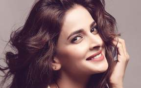 Saba Qamar Feels it is Important to Talk About Issues Effecting Pakistan in Dramas Today!