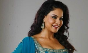 Veena Malik Working On A Song Dedicated To Kashmir