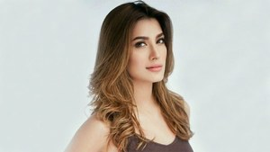 Controversy followed Mehwish Hayat to Houston!