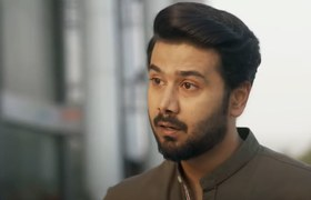 Meherposh Review: We are in Love with Ali Abbas's Performance!